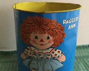 Vintage raggedy Ann and Andy trash can