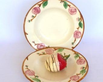 Vintage METLOX CAMELLIA Dessert PLATES/Pair