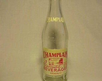 1965 Champlain Carbonated Beverages Burlington, VT. , Clear ACL Painted Label Crown Top Soda Bottle