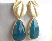 Teal Green Teardrop and Gold Leaf Post Earrings. Bridesmaid Earrings. Christmas GIft. Drop Earrings. Fashion Earrings. Gift.