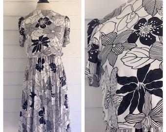 Vintage 1980s Black & White Floral Dress