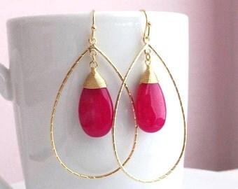 Gold Pink Drop Earrings. Pink Earrings. Fuchsia Earrings. Gold Dangle Earrings. Pink Jade Earrings. Bridal Jewelry. Simple Earrings. Minimal