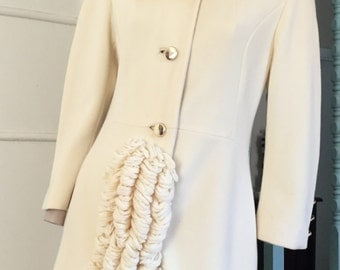 Vtg 60s Lilli Ann coat, French knit, tufted wool, collar, cuffs, S
