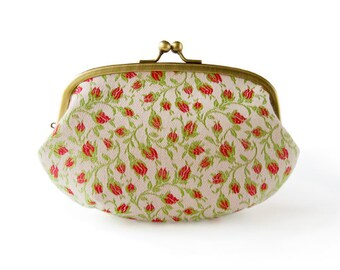 Metal frame large round pouch //  Scent of Roses