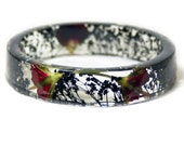 Bracelet - Jewelry with Real Flowers- Dried Flowers- Black Bracelet - Red Dried Flowers- Black Bracelet- Resin Jewelry