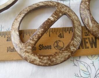 "Coconut Shell buckle slider sarong pareo tie Round 1.75"" inside bar 45mm 70mm 2.75"" diameter 2 buckles t-shirt slide belt embellish knit"
