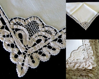 12 Ivory Linen Dinner Napkins 20 by 20 Inches Branscombe Tape Lace Motif and Edging 26b