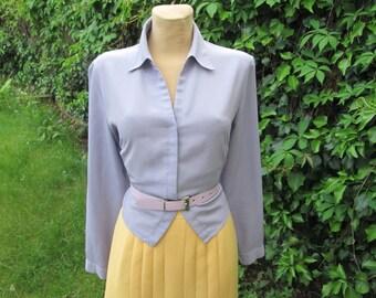 Buttoned Violet Blouse / Size EUR42 / UK14