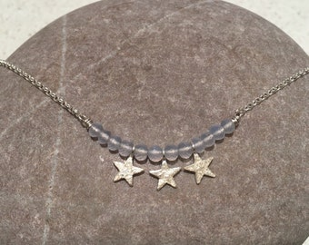Caireen - sterling silver necklace with silver nuggets and stars