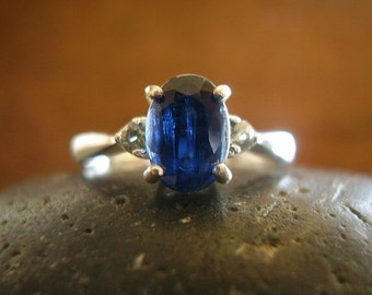 Genuine Kyanite & Green Sapphire Ring - 925 Sterling Silver Ring - Alternative Engagement - Unusual Wedding Ring - Oval Cut - Women's Ring