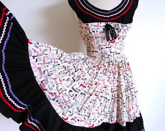 Vintage 50s Full Skirt Dress, Tiered Skirt Rockabilly Dance Cotton Print Rick Rack Frock