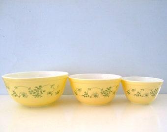 Vintage Pyrex Set of 3 Shenandoah Mixing Bowls