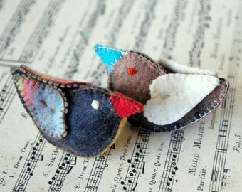 Felt Love Birds Pure Wool Made in Canada - Unique felt handmade toys