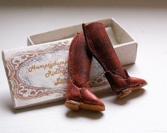 Miniature riding boots - rusty leather