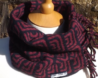 Handwoven neckwarmer cowl snug handloom woven deflected double cloth