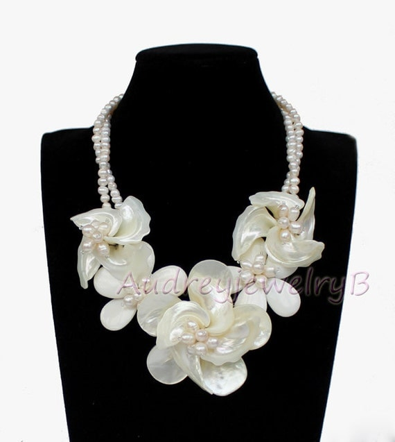 White ear MOP shell white FW pearl Flower Necklace sister gift, friend gift, mothers gift, wedding gift Statement Necklace
