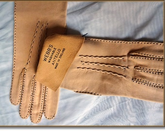 Leathe Gloves, Ladies Vintage Day Gloves, Soft Tan Leather Gloves, Genuine 'Webbs' ANTELLO Gloves, Washable Gloves