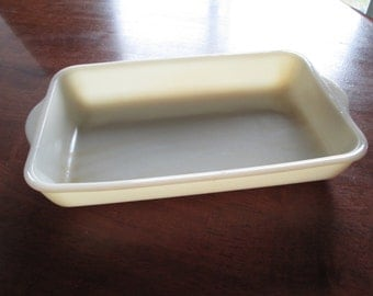 Fire-King custard milk glass casserole baking dish vintage Fire-King ware vintage Fire-King small size casserole dish