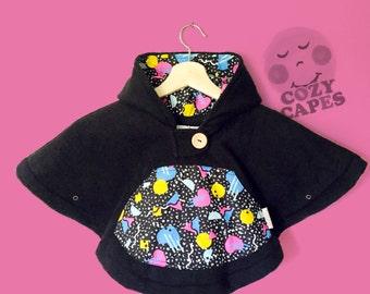 Car Seat Poncho Cape Fleece (Black Abstract)