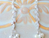 Bridal earrings. Ivory Pearls Wedding Earrings, Pearls and Crystals . Silver Dangle Earrings, Bridal Jewelry. Cascade collection mdw-0054