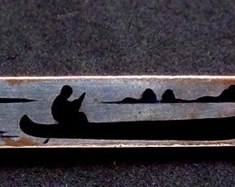 Vintage 1930s Silver Plated Copper Enamel Camping Canoe Lake Lodge Pin 22046