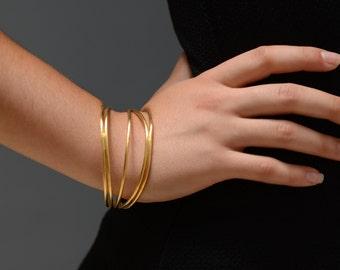 Gold cuff bracelet, wire cuff bracelet, statement cuff bracelet, minimalist gold cuff, urban gold cuff, large gold bangle, gold bangle cuff