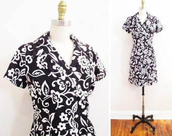 Vintage 1960s Dress | Black and White Floral Print 1960s Wrap Dress | size medium