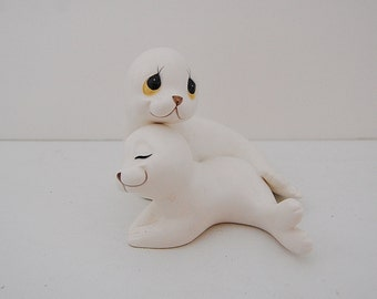 Vintage Seal Figurines, Mother and baby Seals by Oxford, Kitsch figurines