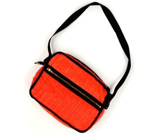 Vintage 1970's Reverse Purse Retro Nylon Quilted Red + Black Reversible Sport Shoulder Bag Handbag