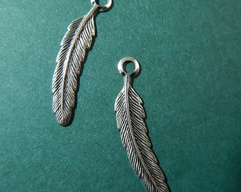 2 Pc Feather Silver Ox Charms Stamping One Sided Jewelry Collage Altered Art Mixed Media