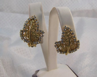 Vintage Kramer Gold Filigree Leaf Clip Earrings with Crystal Accents