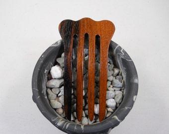 4 prong Caramel Kalamantan Ebony wood hair fork