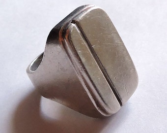 Reduced....Vintage Sterling Silver Ring..Large Modernist Design....Size 9....Minimalist Ring...His Her Ring