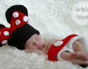 Minnie Mouse Inspired Hat, Diaper Cover & Booties Set