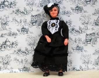 Dolls House Miniature Old Lady