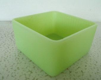 "5"" Jeannette Jadeite Glass Dish Jadite Square Box Refrigerator Poinsetta Bottom"