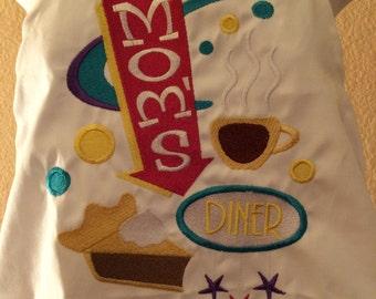 Apron Mom's Diner Adjustable Embroidered