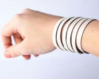 Leather Bracelet / Original Sliced Cuff / Soft Cotton