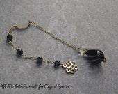 Celtic Goddess Onyx Gemstone Crystal Dowsing Pendulum (DP0222)