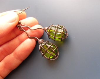 Wire earrings, copper wire jewelry, contemporary jewelry, bohemian, gift for women, green glass beads, artistic jewelry, Olive