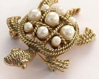 Vintage Gold Tone with Faux Pearl Turtle Brooch 1928