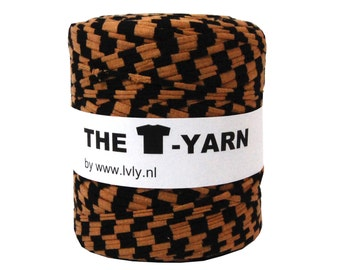The t-shirt yarn 120-135 yards, 100% recycled cotton tricot yarn, black/cognac stripe nr 34
