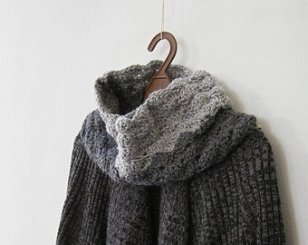 Gray Knit Cowl Scarf, Men Women Chunky Neckwarmer, Knitted Winter Scarf Unisex, Two Tone Scarf, Neck Warmer Knit, Bold Gray Snood, Everyday