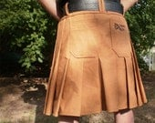 Contractor kilt with removable cargo pockets