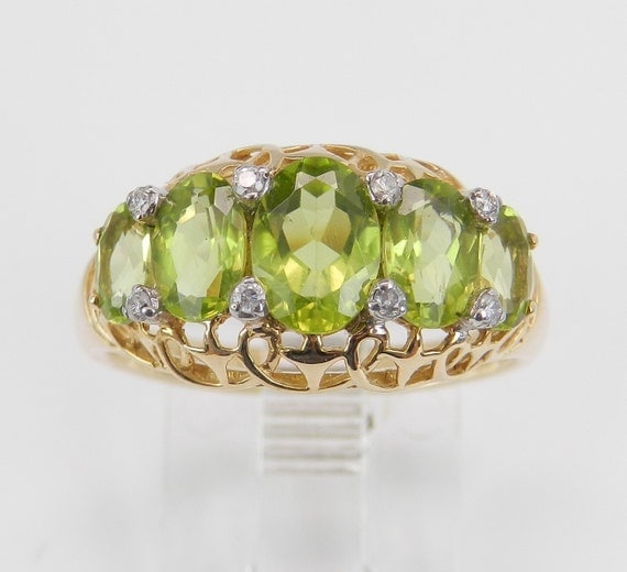 14K Yellow Gold Diamond and Peridot Cocktail Anniversary Ring Size 7 August Gem