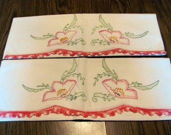 Pair Pillow Cases with Embroidered Flowers and Crochet Trim / Romantic Pillow Cases