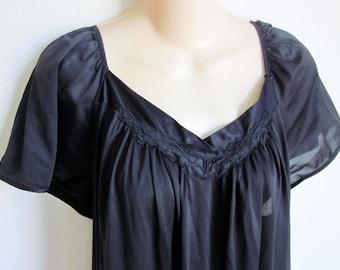 Vintage nylon nightgown black Vanity fair free bust plus size lingerie 2X XXL