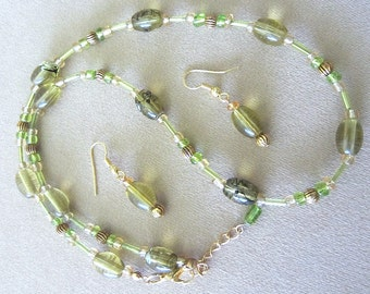 Olive Glass Beaded Necklace w/Earrings, Splatter Bead Necklaces, Lime Green Glass Bead Jewelry Set, Handmade Beaded Jewelry Ladies Gift Idea