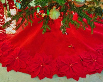"60"" Red Burlap Christmas Tree skirt with gold threads and red felt flowers. New for 2016. *FREE SHIPPING*"