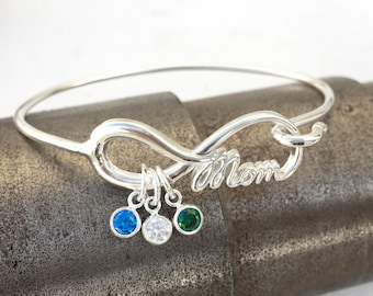 Mom Infinity Bangle Bracelet, Mothers Charm Bracelet, Mother of the Bride Gift, Family Gemstone, Charm Bangle Bracelet, Mom Bracelet